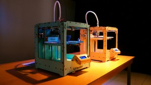 3D printer for healthcare manufacturing